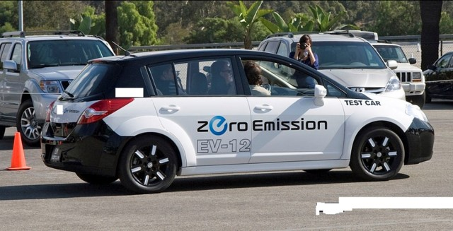 Q18. Which company came out with this electric car?
