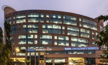 TCS pays 103 employees Rs 1 crore or more: Report