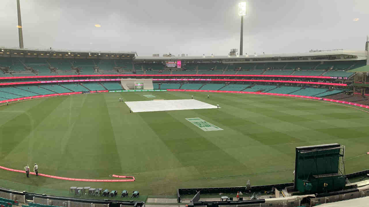 ind vs aus 4th test day 3 SCG covers