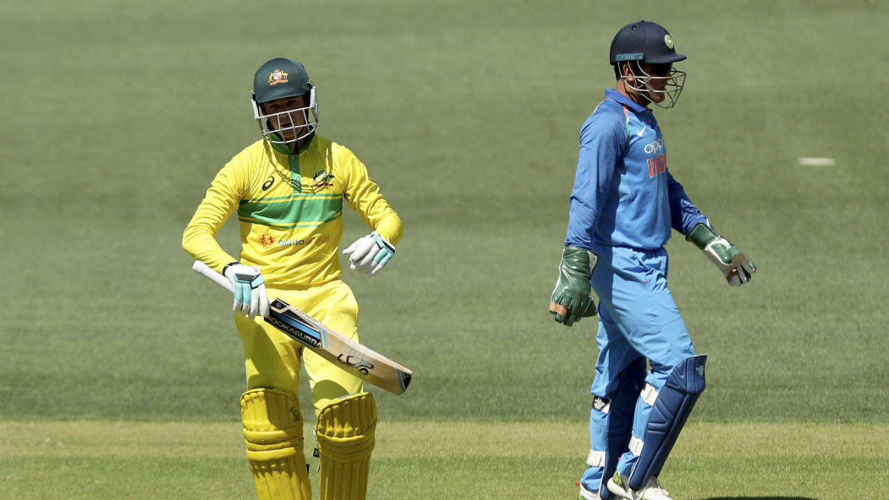 Peter Handscomb provided good support to Shaun Marsh from the other end but was stumped thanks to a moment of brilliance from MS Dhoni. Handscomb went for a slog sweep off Jadeja in the 28th over but was beaten. Dhoni waited for his foot to drag outside the line before dislodging the wickets to dismiss Handscomb. (Image: AP)