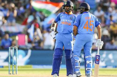 Rohit-Dhawan one of the best ODI opening pairs; Kohli can bat at number 4 in WC: Ravi Shastri