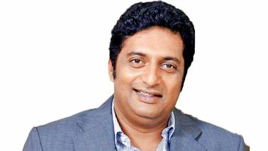 I will never join any political party, says actor Prakash Raj