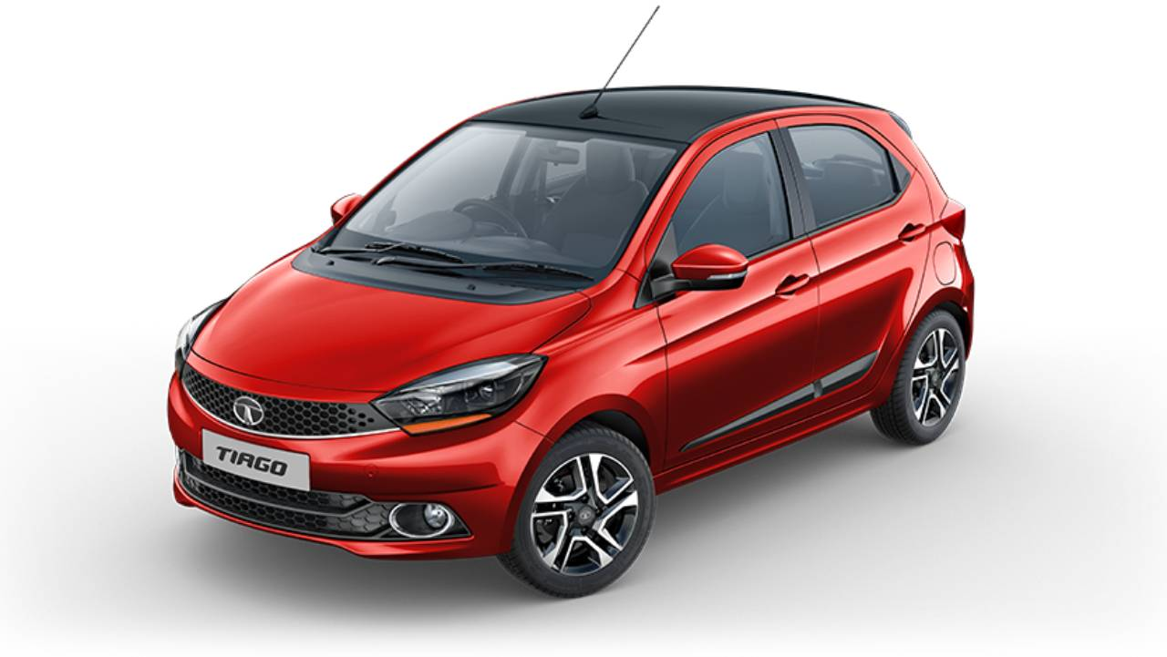 Coming last on the list of the highest selling cars in 2018 was Tata's Tiago, a compact family hatchback from the Indian manufacturer. It sold around 85,000-90,000 units all over India. (Image: Tata Tiago)