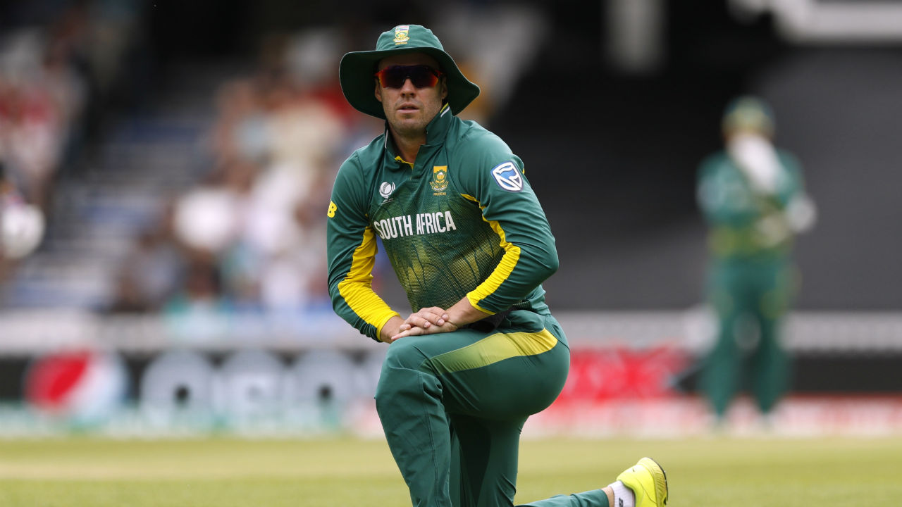 De Villiers' teammate and South Africa's leading wicket-taker in Tests, Dale Steyn famously said he was scared to bowl to Mr 360. Steyn said,