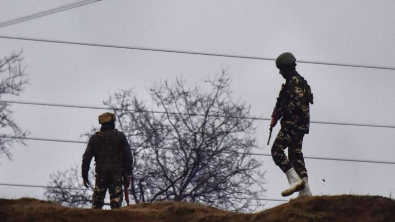 Pakistan violates ceasefire at 4 places in Poonch
