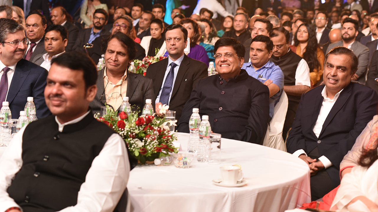 Maharashtra CM Devendra Fadnavis, Union Ministers Suresh Prabhu and Piyush Goyal and Reliance Industries Chairman Mukesh Ambani at CNBC-TV18 Indian Business Leader Awards