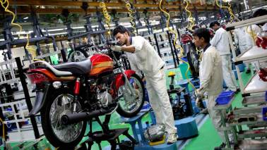 Hero Motocorp falls 4% as stock trades ex-dividend