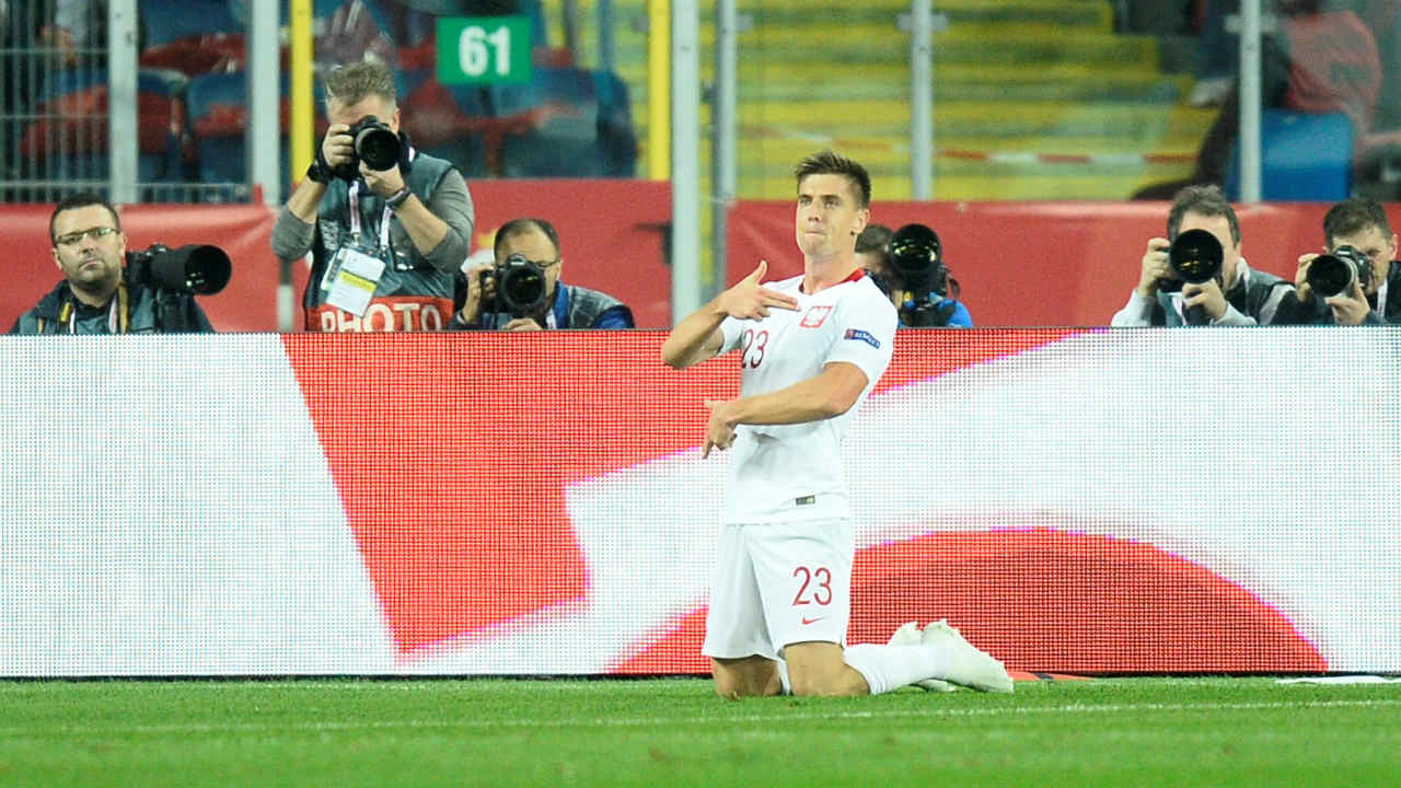 Krzysztof Piatek (Genoa to AC Milan) | The 23-year-old Polish international who has an impressive tally of 19 goals in 21 games this season, completed a 30 million pounds move to AC Milan. Piatek comes in as a direct replacement for Gonzalo Higuain who moved to Chelsea. Genoa signed Piatek for just 4.05 million pounds last summer and saw his stock rise as he became the first Series A player since 1949-50 to score 8 goals in his first 6 league games. (Image: Reuters)