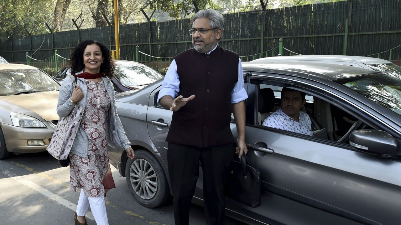 Senior journalist Priya Ramani outside the Patiala House Court after getting bail in a defamation case filed by former union minister MJ Akbar, in New Delhi. (Image: PTI)