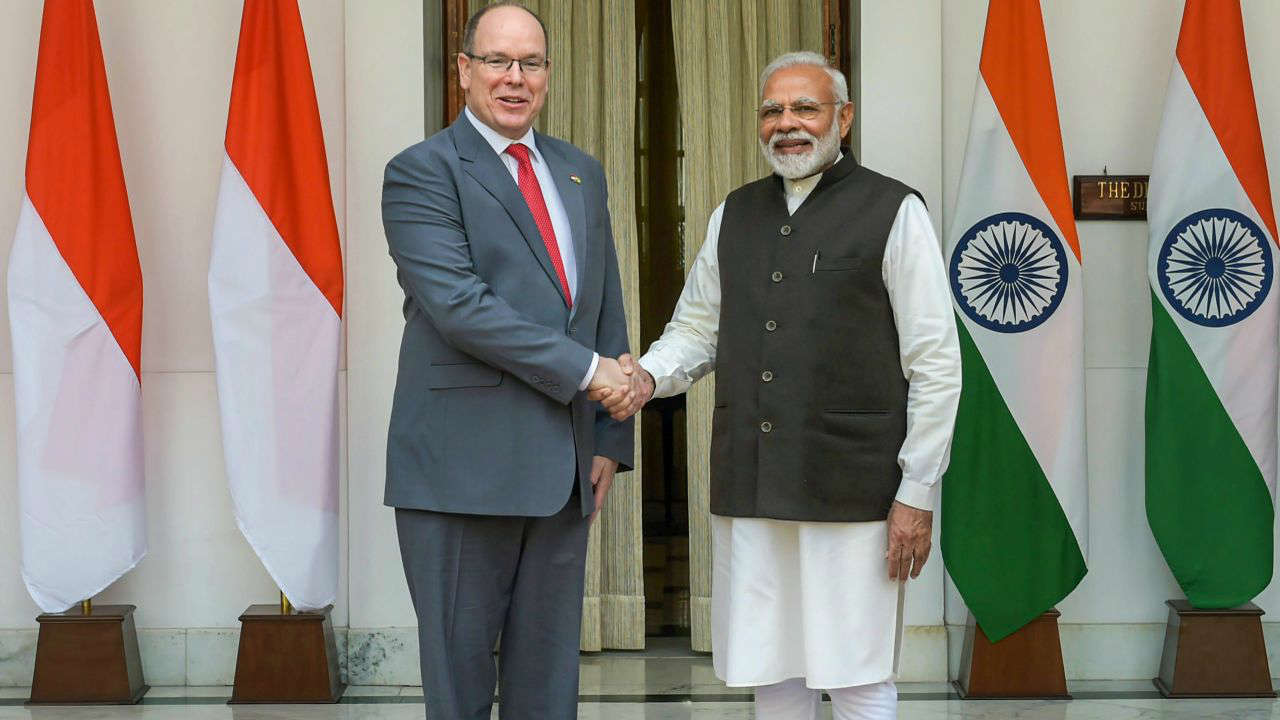 Prime Minister Narendra Modi shakes hands with Monaco's head of state Prince Albert II, before a meeting at Hyderabad House in New Delhi. (PTI)