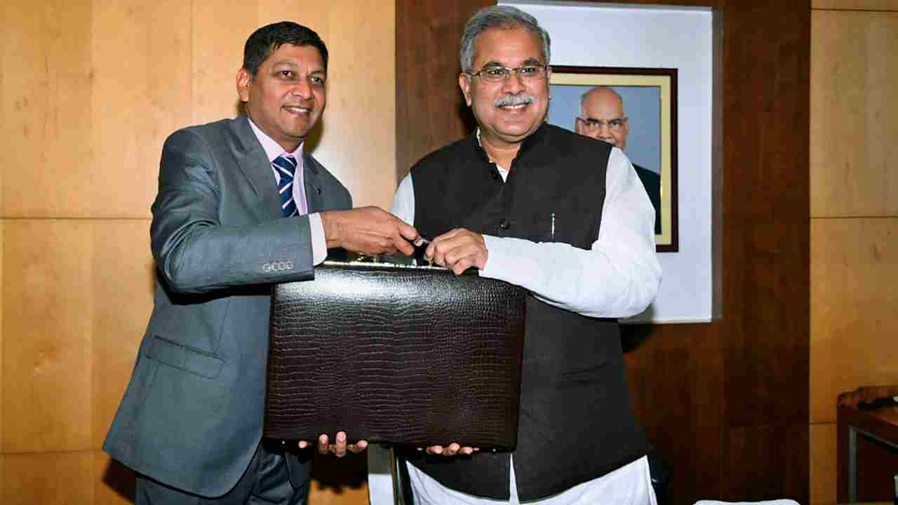 Chhattisgarh Chief Minister and Finance Minister Bhupesh Baghel before presenting state budget 2019-20 in the Assembly, in Raipur. (Image: PTI)