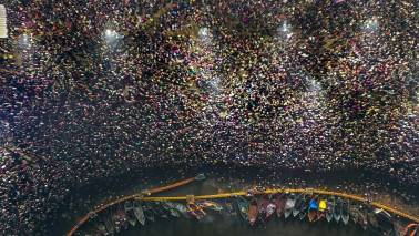 As election looms, politics infiltrates the world's biggest religious festival