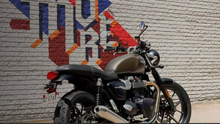 Triumph Launches New Versions Of Street Twin Street Scrambler In