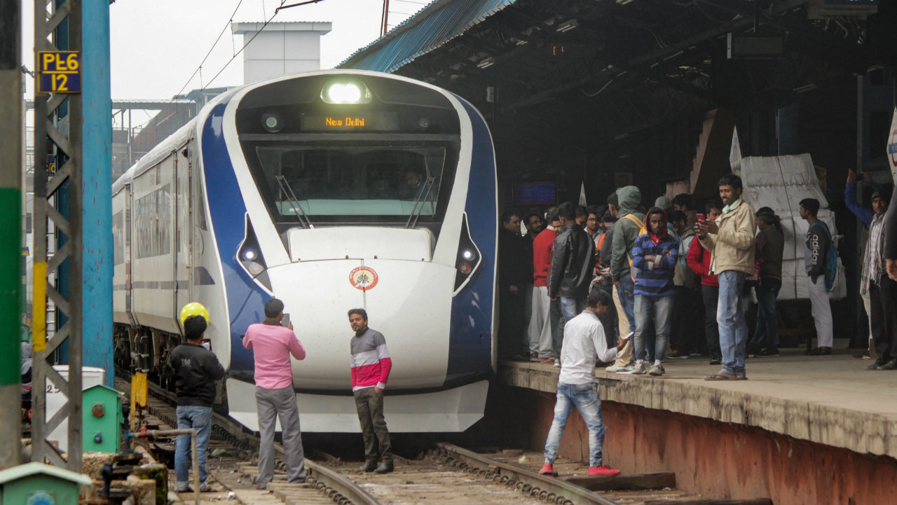 Vande Bharat Express, India's first semi-high speed train, arrives back from Varanasi after its inaugural run at New Delhi Railway Station. Vande Bharat Express ran into some trouble early Saturday while returning to Delhi from Varanasi.(Image: PTI)