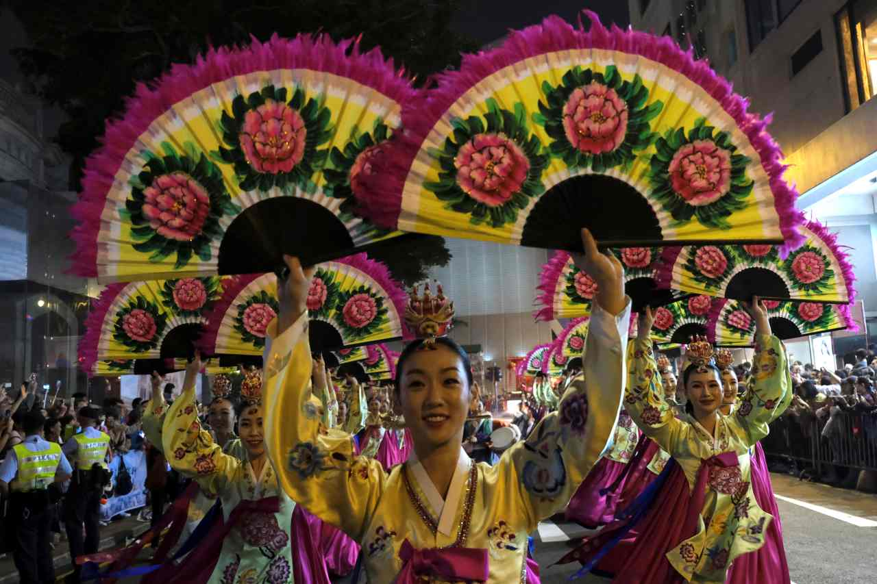 """Millions of people across the world celebrated the first day of the Chinese Lunar New Year on February 5, ushering in the """"Year of the Pig,"""" with hopes of happiness and good fortune. (Image: Reuters)"""