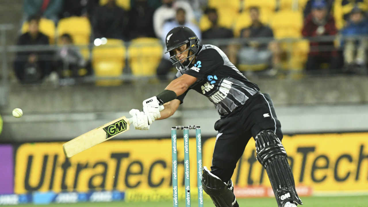 Ross Taylor played a good hard-hitting cameo to further up the scoring rate. India however, once again picked up two quick wickets to peg the Kiwis back. Grandhomme was dismissed thanks to a well-judged catch by substitute fielder Mohammed Siraj at the square leg boundary. Taylor was dismissed just two balls later as he got a top-edge to a Bhuvneshwar Kumar delivery in the 19th over with Khaleel taking the catch. Taylor returned after adding 23 off 14 balls with NZ 191/6.(Image: AP)