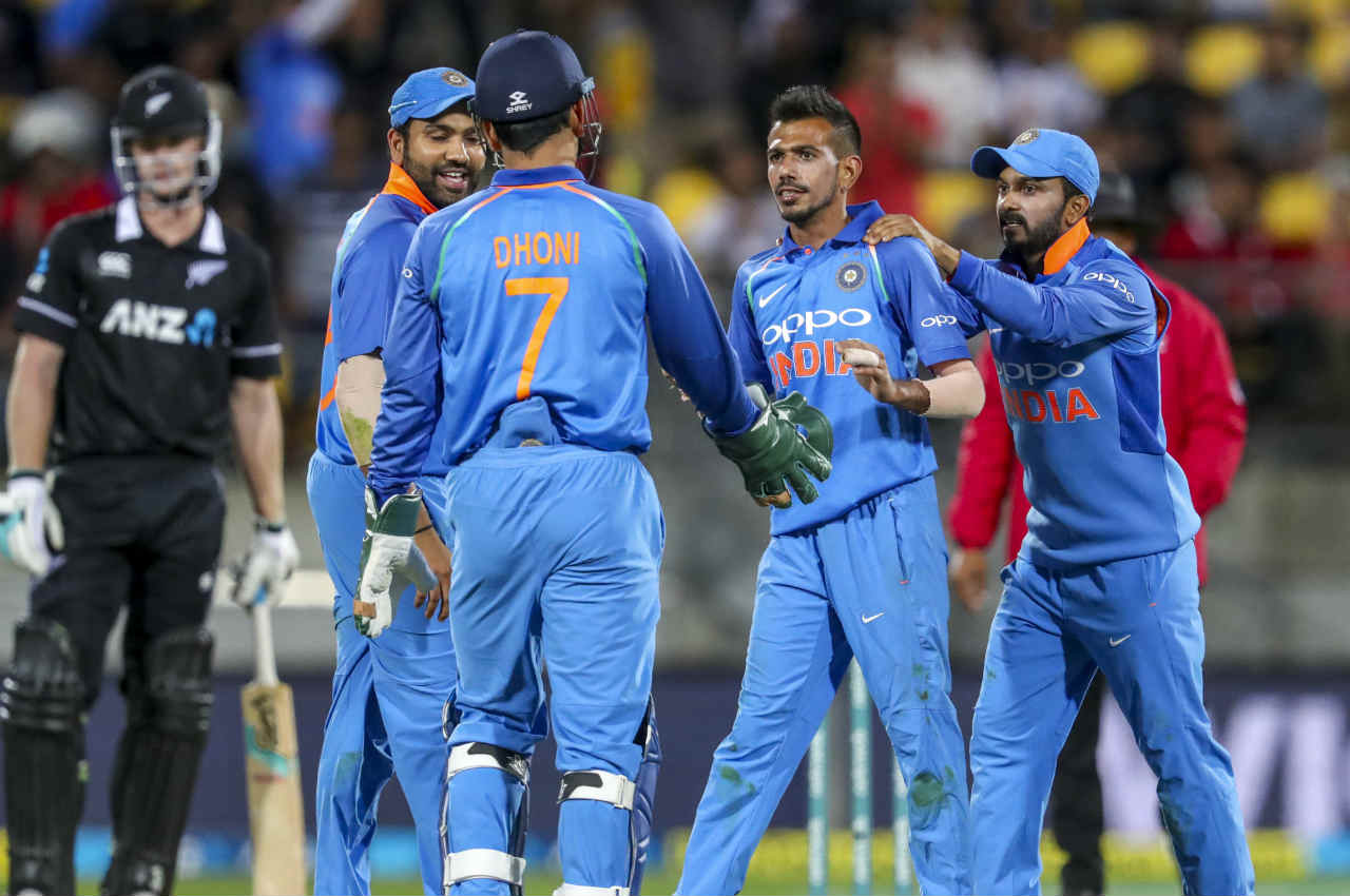 Yuzvendra Chahal then got the wickets of Latham and de Grandhomme in quick succession to leave the Blackcaps reeling at 135/6. (Image: AP)