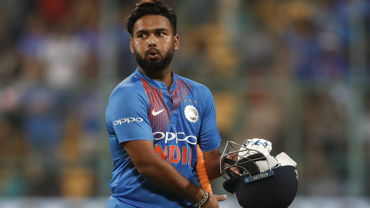 Rishabh Pant managed just 1 run from 6 balls before Jhye Richardson took an absolutely stunning catch to dismiss him. D'Arcy Short tossed up a delivery outside off and Pant horribly mistimed his shot towards long-off where Richardson covered a lot of ground before putting in a full length dive to his left taking the catch while airborne. (Image: AP)
