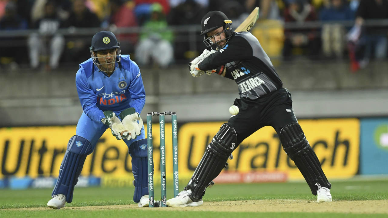 Openers Colin Munro and Tim Seifert got the Kiwis off to a blistering start adding 86 runs for the first wicket off just 50 balls. Seifert even brought up his maiden T20I fifty off just 30 balls in the 9th over. Krunal Pandya struck with the next delivery as he got Colin Munro caught by Vijay Shankar at long-on. (Image: AP)
