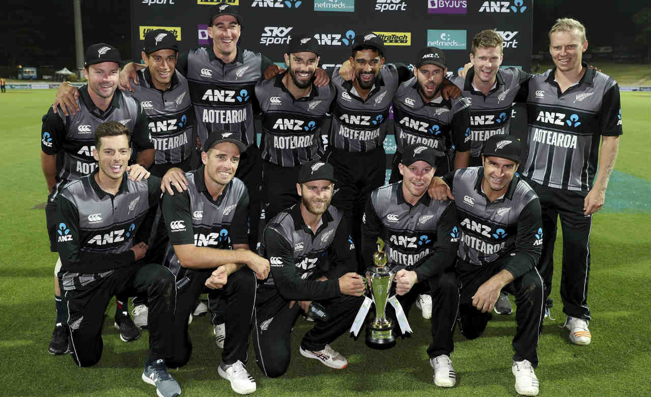 Dinesh Karthik and Krunal Pandya added 63 off the final 18 balls but their unbeaten partnership proved to be in vain as New Zealand won the match by 4 runs. The Black Caps won the series 2-1. Colin Munro was adjudged Man of the Match while Tim Seifert picked up the Man of the Series award. (Image: AP)