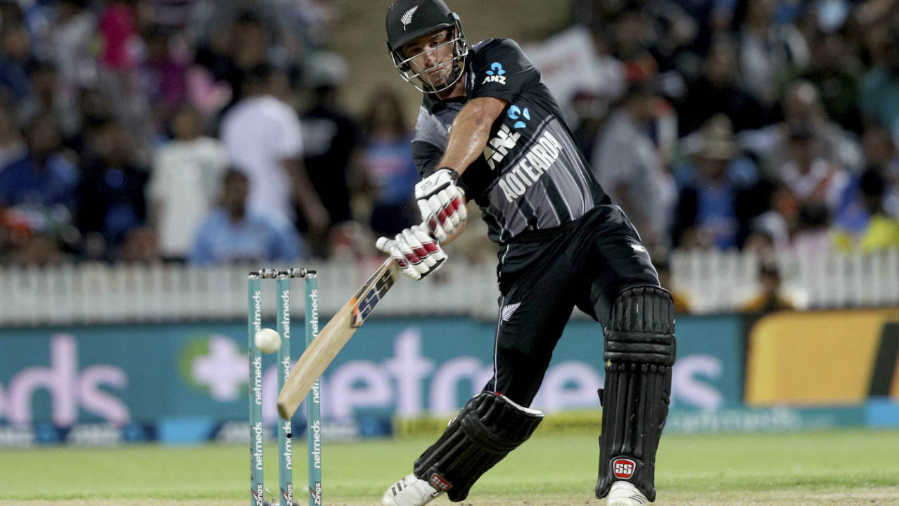 Colin de Grandhomme continued his hard-hitting form from the previous game as he scored 30 off 16 to take NZ to 193/4.  He was dismissed in the 19th over as he edged a Bhuvneshwar Kumar delivery into the safe gloves of MS Dhoni. (Image: AP)
