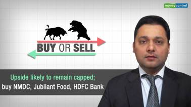 Buy or Sell | Upside likely to remain capped; buy NMDC, Jubilant Food, HDFC Bank
