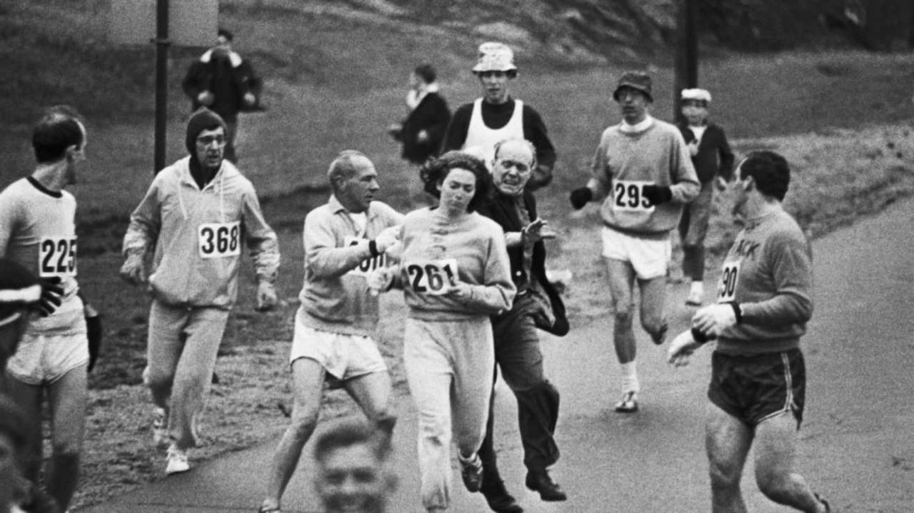 Kathrine Switzer<br /> Kathy Switzer is the first woman to run in Boston marathon, even when women were considered too fragile to run. Switzer signed for the 1967 Boston Marathon as K.V. Switzer, pretending to be a man, wearing a baggy sweatshirt. Her lipstick caught enough attention and an official stormed to the tracks, asking her to quit the race. However, she gained enough support to complete the race, and finally won the New York marathon of 1974. (Image: Flickr)