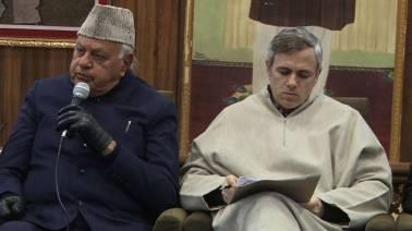Lok Sabha poll tracker LIVE: Congress, NC seal alliance in J&K; Farooq Abdullah to contest from Srinagar