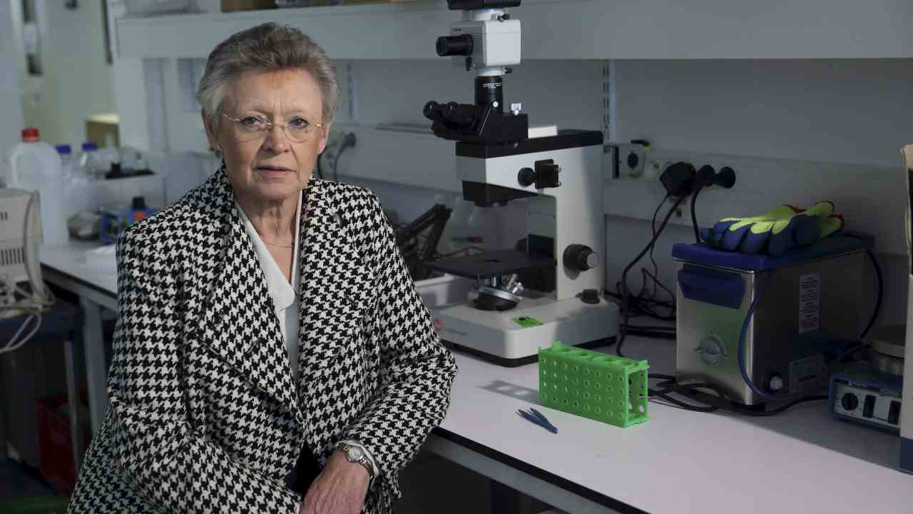 5. Francoise Barre-Sinoussi - HIV | In the 1980s, when the AIDS epidemic broke out, scientists did not know what caused it. Barre-Sinoussi played an important role in identifying the Human immunodeficiency virus as the cause of AIDS. In 2008, she was awarded the Nobel Prize in Physiology or Medicine for her work. (Image: Reuters)