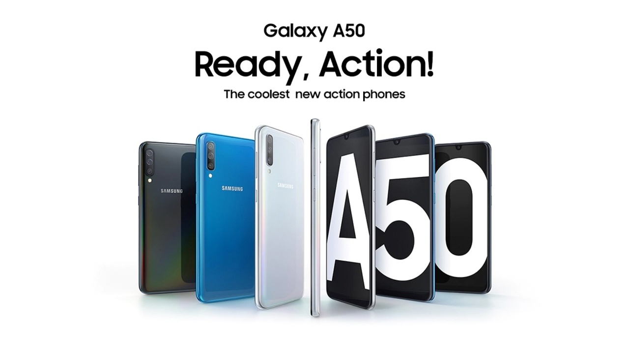 Samsung Galaxy A50 (Rs 19,990) - The Samsung Galaxy A50 is equipped with Samsung's latest 7 series processor, the Exynos 9610. The chip is the first in the 7 series line up to adopt the advanced 10nm FinFET process, which entails better performance and power efficiency. That's better power efficiency on a phone which packs a 4000 mAh battery capacity. The A50 also packs a 6.4-inch FHD+ Super AMOLED Infinity-U display, on-screen fingerprint sensor and runs on the latest Android Pie. The handset also features a triple camera setup with a 25-megapixel low light lens, 8-megapixel ultra-wide lens, 5-megapixel live focus (Bokeh) lens.
