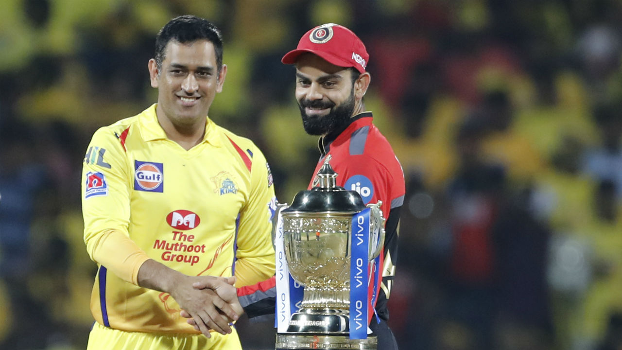 The curtain raiser of IPL 2019 saw MS Dhoni's Chennai Super Kings welcome Virat Kohli's Royal Challengers Banglore on their home turf of M.A. Chidambaram Stadium in Chennai. Much to the delight of the home crowd Dhoni won the toss and opted to bowl first. (Image: AP)