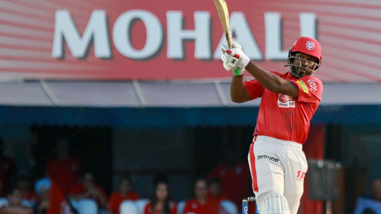 KXIP openers Chris Gayle and KL Rahul were off to a flying start as the two smashed 53 runs for the opening stand. Gayle fired 40 off those runs before perishing to Krunal Pandya in the 8th over. As Gayle made his way back to the dressing room KXIP score read 53/1.