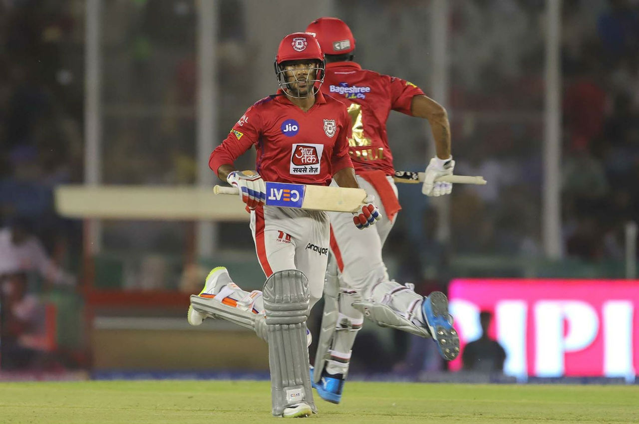 Mayank Agarwal played a solid innings of 43 from just 21 balls before getting caught and bowled by Krunal in the 14 over. The Kings were in a comfortable position of 117/2 when the young Mayank was dismissed.