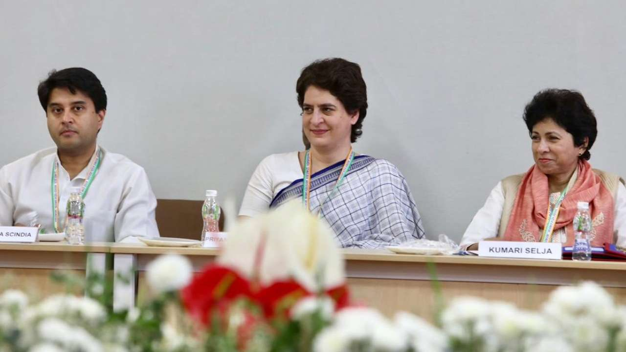 General Secretaries from Uttar Pradesh Jyotiraditya Scindia and Priyanka Gandhi, with former Rajya Sabha MP Kumari Selja, at the Congress Working Committee meeting in Gujarat on March 12. (Image: Twitter/@INCIndia)
