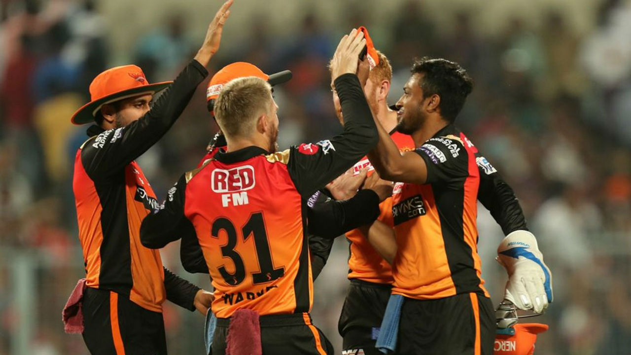 Shakib Al Hasan playing against his former side picked the wicket of Chris Lynn in just the 2nd over. Lynn looking to play a big shot holed a catch to Rashid Khan. KKR were off to a poor start with score reading 7/1. (Image: AP)