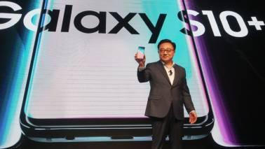 Samsung S10 users report faster battery drain post WhatsApp, Messenger calls