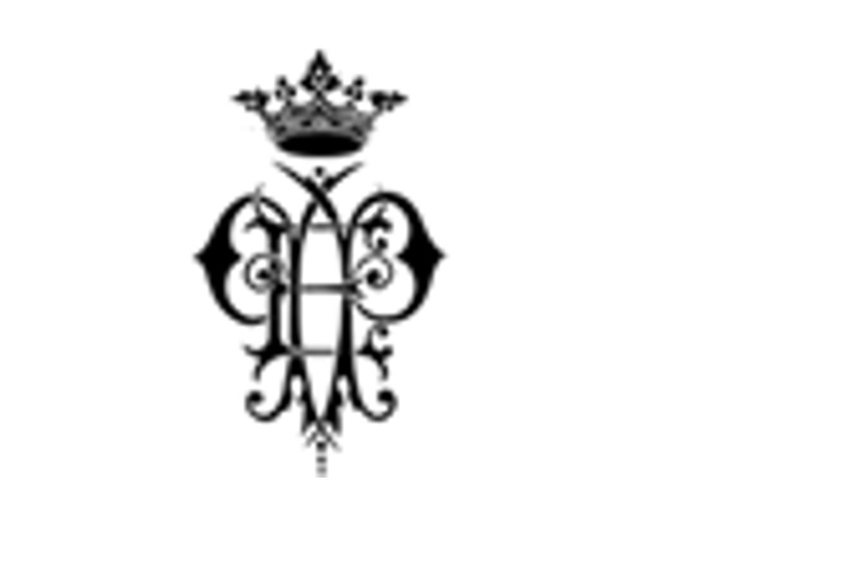 Q10. Which luxury brand's logo is this?