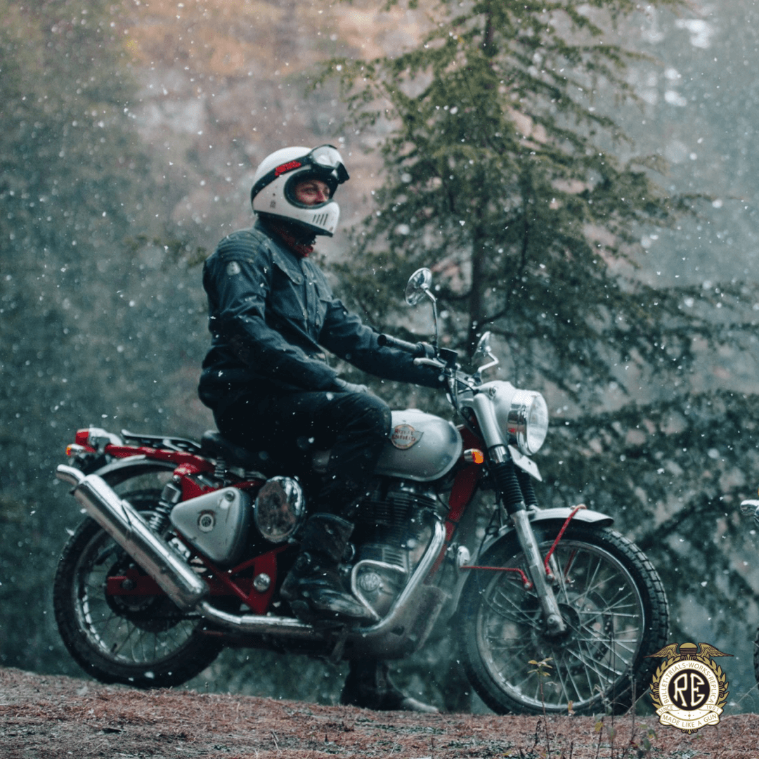 The Trials are nearly identical to the Bullet 350. Weight at 187kg, fuel tank capacity at 13.5 litre, ground clearance, width and height. Even chassis and suspension remain the same (Image: Royal Enfield)