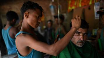 Bangladesh town barbers face fines for 'foreign' cuts