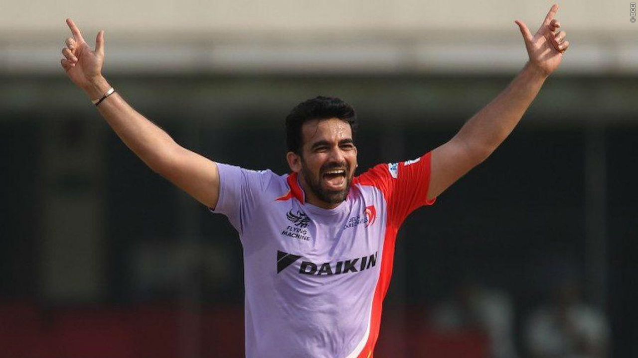Zaheer Khan is the only cricketer to feature in the first and the 500th match of the Indian Premier League (IPL). The first match of IPL was played between Royal Challengers Bangalore (RCB) and Kolkata Knight Riders (KKR) on on April 18, 2018. The 500th game was played in the 2015 edition of the the league and featured Rajasthan Royals (RR) and Delhi Daredevils (DD). While, Khan played for RCB in the first match, he played for DD in the 500th game. Interestingly, he ended up on losing side on both occasions. (Image: BCCI, iplt20.com)