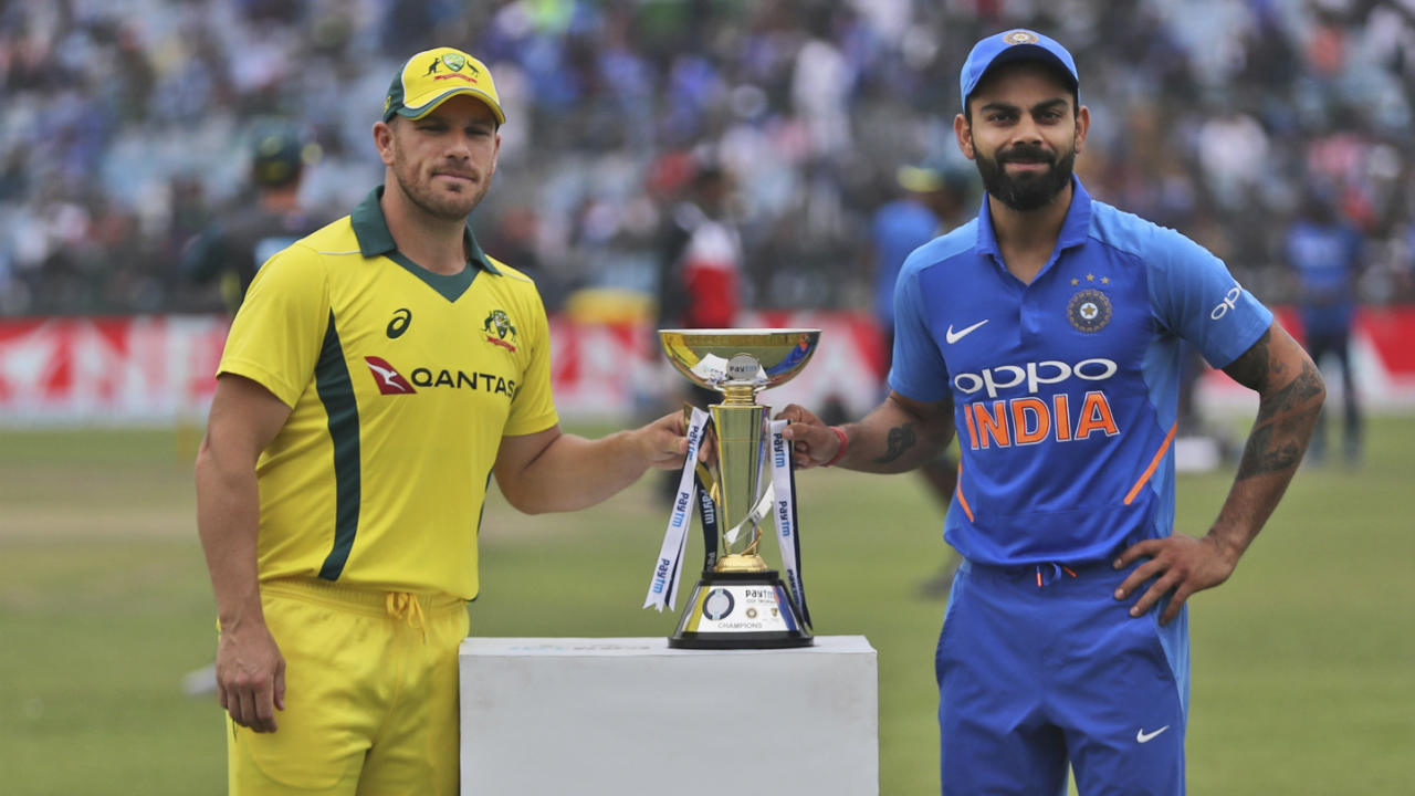 India and Australia met for the series decider at the Feroz Shah Kotla, Delhi. India led the series 2-0 before Australia clawed their way back with stunning performances to level the series. Both sides made 2 changes from the previous match. For India, Yuzvendra Chahal and KL Rahul were replaced by Ravindra Jadeja and Mohammed Shami. Marcus Stoinis and Nathan Lyon replaced Shaun Marsh and Jason Behrendorff. (Image: AP)
