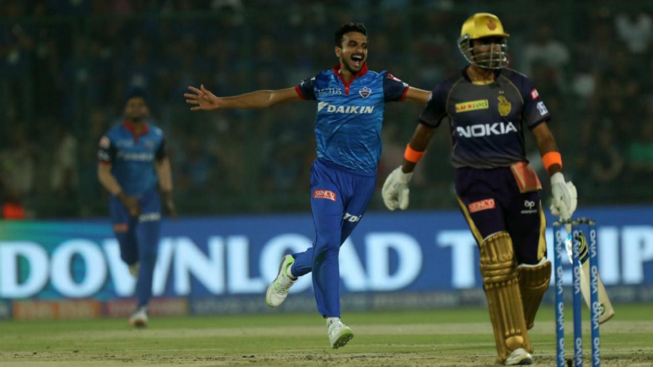 Things went from bad to work for Kolkata as they lost the next three wickets within the span of just 8 deliveries. Uthappa was the first to depart as he was trapped plumb by Harshal Patel at the end of the 6th over. Lynn was then caught behind by an acrobatic Rishabh Pant off Rabada's bowling and Nitish Rana became Harshal's second victim when he was caught out at the start of the 8th over. (Image: BCCI, iplt20.com)