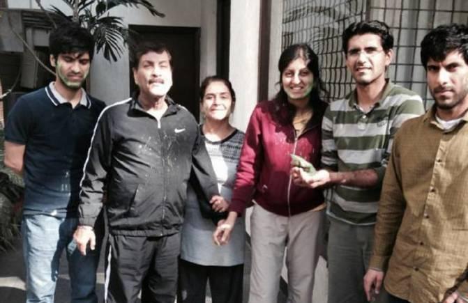 The Narula family (Image: Facebook)