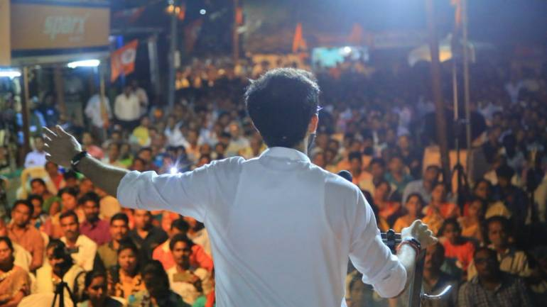 Shiv Sena leader Aaditya Thackeray during a corner meeting in Ratnagiri-Sindhudurg on April 20. (Image: @ShivSena)