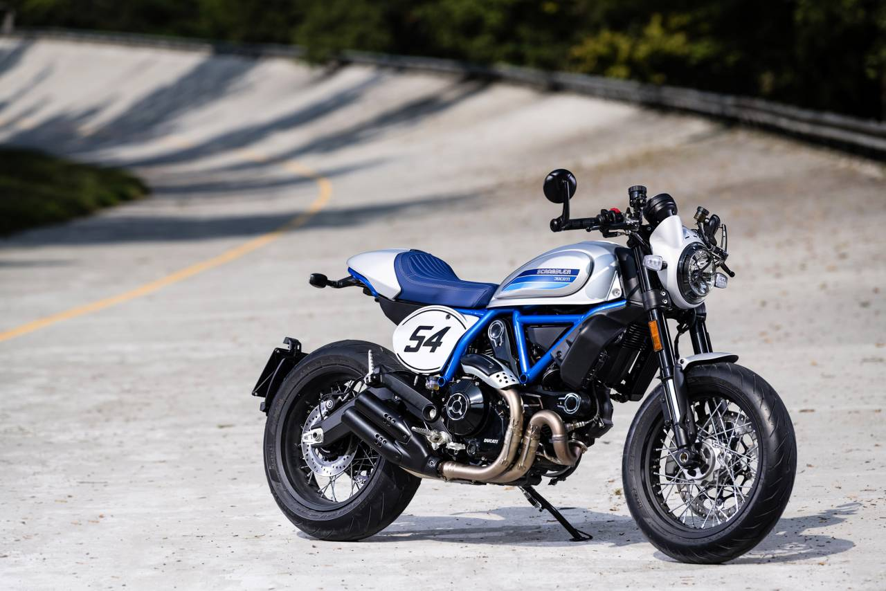 "Scrambler Café Racer features new 17"" spoked wheels, Pirelli Diablo Rosso III tyres and aluminium bar-end mirrors (Image: Ducati)"