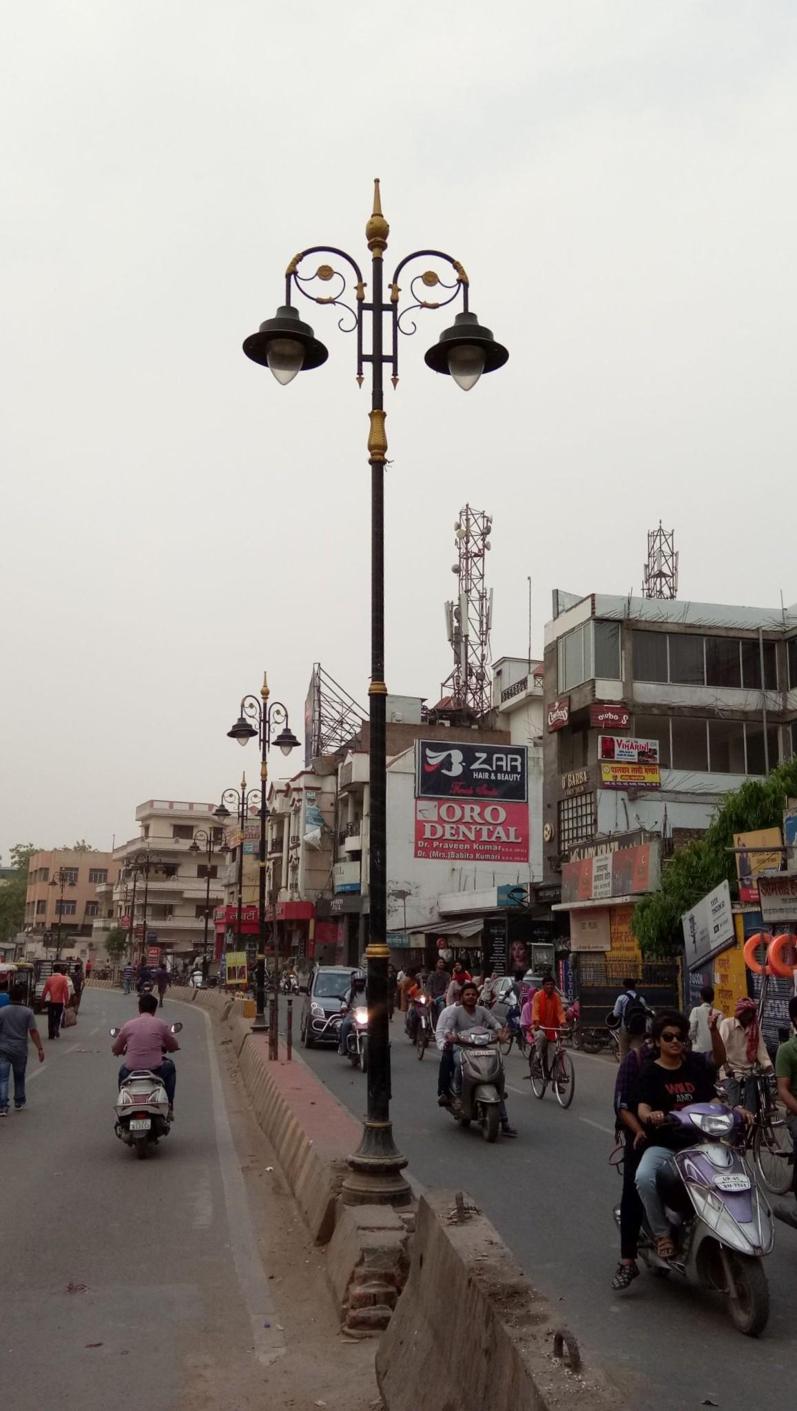 heritage street light polls varanasi,narendra modi varanasi