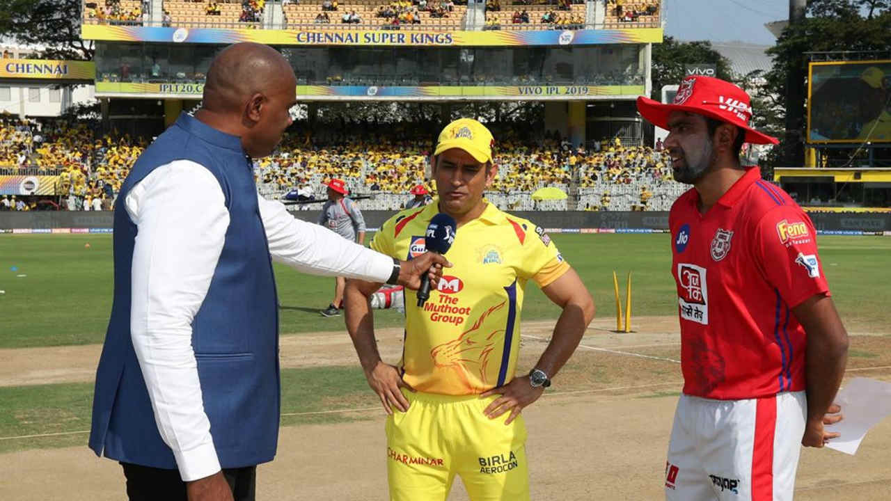 The match 18 of IPL 2019 saw Kings XI Punjab travel to Chennai to take on Chennai Super Kings at MA Chidambaram Stadium. CSK captain MS Dhoni won the toss and chose to bat first. CSK made three changes, handing Scott Kuggeleijn his IPL debut besides bringing in Harbhajan Singh and Faf du Plessis in place of injured Dwyane Bravo, Mohit Sharma and Shardul Thakur. Kings XI Punjab brought back Chris Gayle and Andrew Tye in place of Hardus Viljoen and Mujeeb ur Rahman (Image: BCCI, iplt20.com)