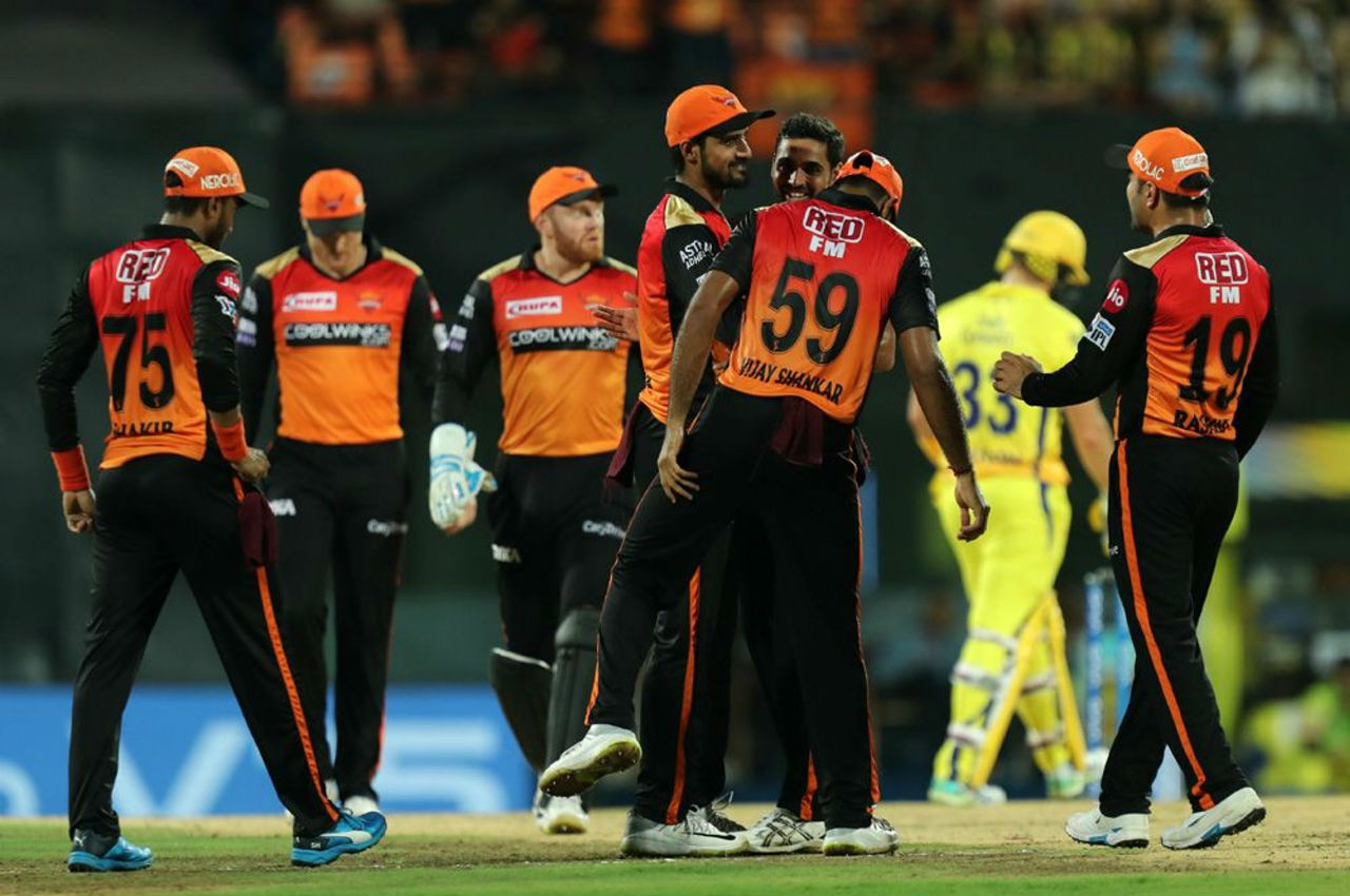 CSK were off to a slow start as Deepak Hooda run-out Faf du Plessis in the 3rd over of CSK's chase.