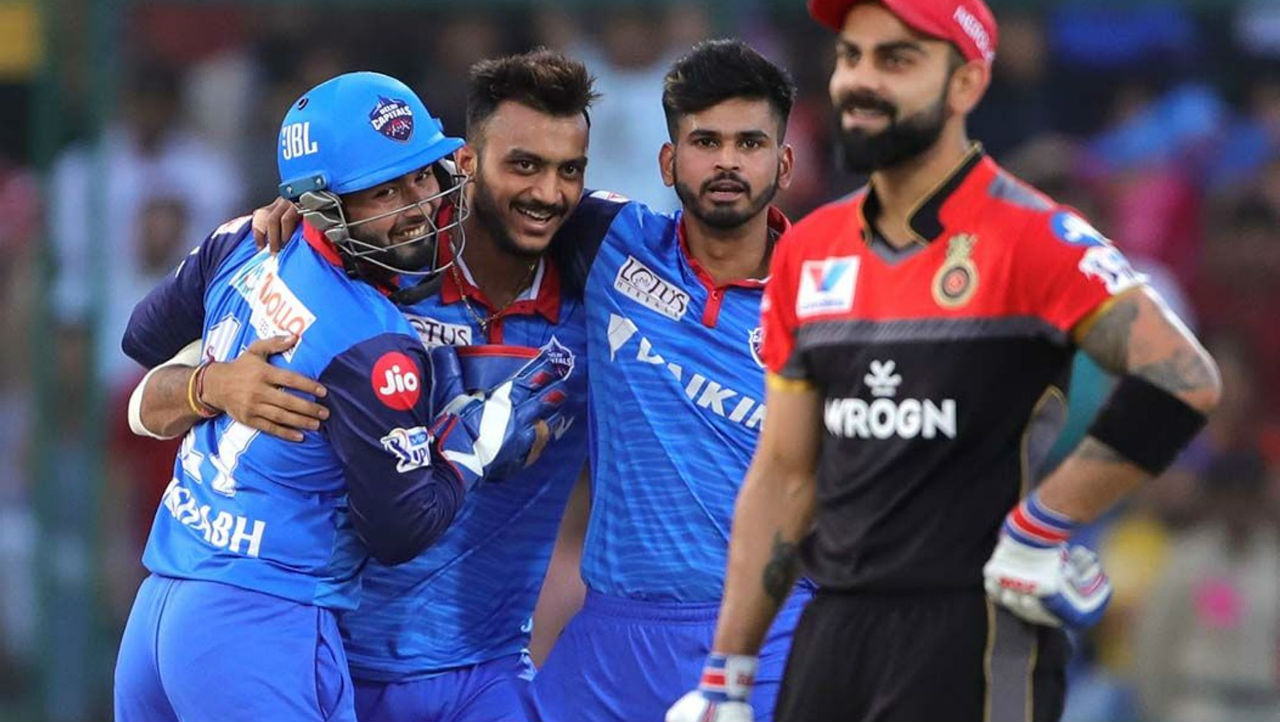 RCB soon lost Kohli as Rutherford got the RCB skipper caught by Axar in the 8th over. Kohli made 23 off 17 as RCB were 68/2.