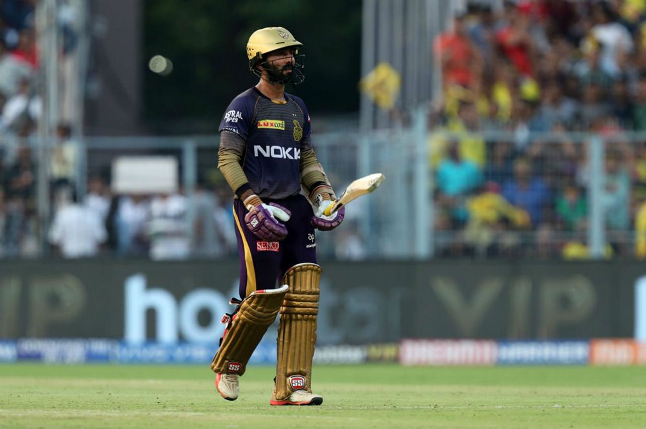 KKR captain Dinesh Karthik played a steady knock of 18 from 14 balls before Shardul Thakur sennt him back in the 18th over.